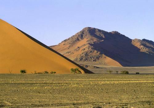 Naukluft Nationalpark in der Namib Wüste mit den größten Dünen der Welt,