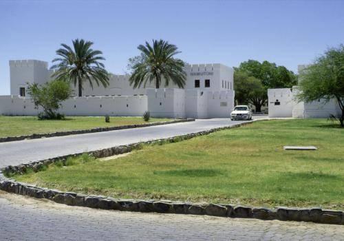 Fort Namutoni im Etoshapark