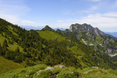 Wanderung vom Brauneck über Achselköpfe zur Benediktenwand