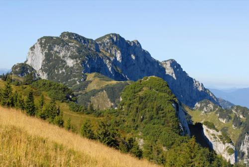 Wanderung vom Brauneck zu den Achselköpfen und weiter zur Benediktenwand