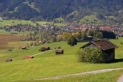 Das Ammertal bei Unterammergau