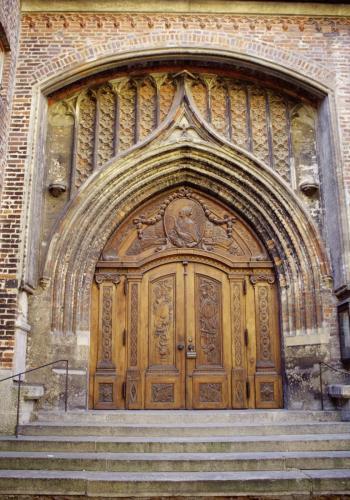 Eingangstor zur Frauenkirche in München
