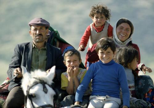 Zigeunerwagen mit Großfamilie
