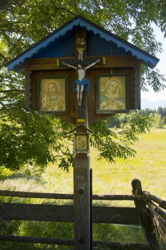 Wegkreuz bei Uffing am Staffelsee in Oberbayern