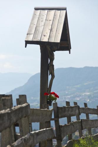 Wegkreuz bei Völs am Schlern in Südtirol,Italien