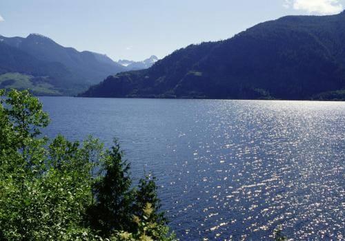 Schöner See im Strathcona Park