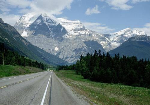 Straße zum Jasper Nationalpark