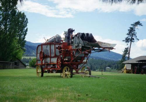 Oldtimer Dreschwagen in einem Farmmuseum