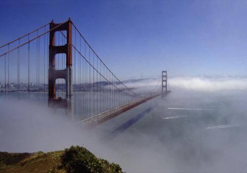 Golden Gate Brücke im Nebel