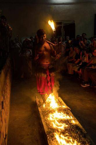 Musikalische und tänzerische Tradition in Sri Lanka