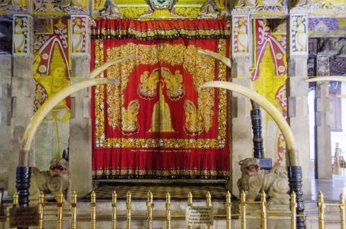 Buddhistischer Zahntempel in Kandy, Sri Lanka