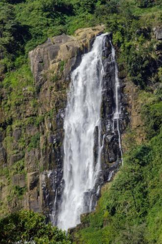 Wasserfall im Hochland von Sri Lanka