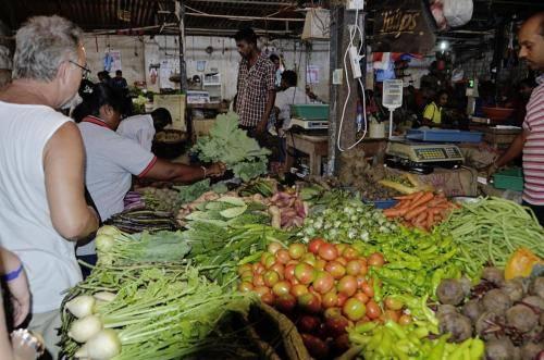 Gemüse, Gewürze und Obst auf den Märkten.