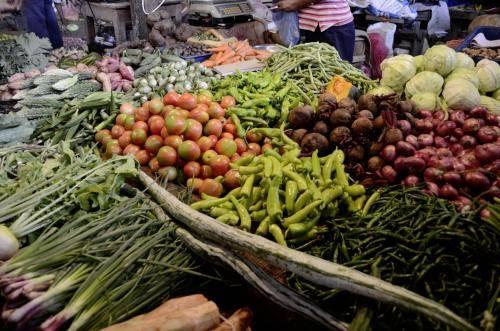 Gemüse, Gewürze und Obst auf den Märkten