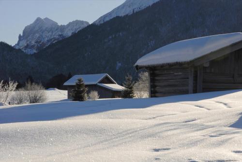 Winterlandschaft  bei Mittenwald, Bayern